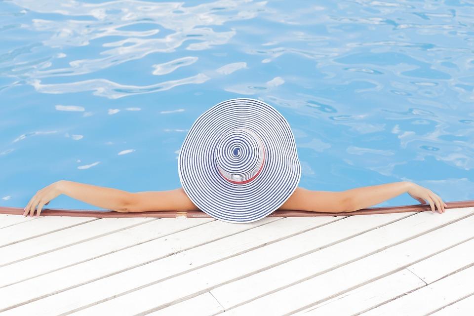 fotos vacaciones piscina